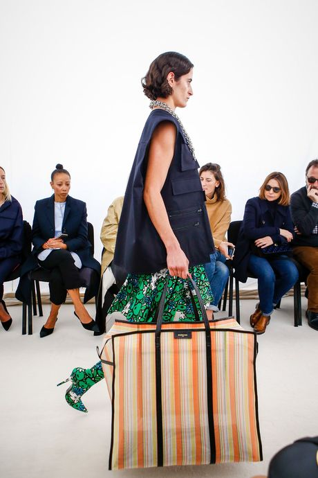 Chanel bi 'out' khoi Top cac BST xuat sac nhat tai Tuan le thoi trang Paris - Anh 2