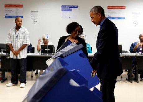 Obama tuoi cuoi bo phieu som bau nguoi ke nhiem - Anh 2