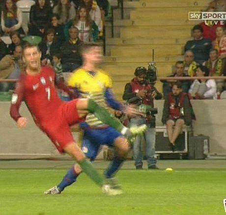 Bo Dao Nha 6–0 Andorra: Cristiano Ronaldo lap 'poker' ngay tro lai - Anh 4