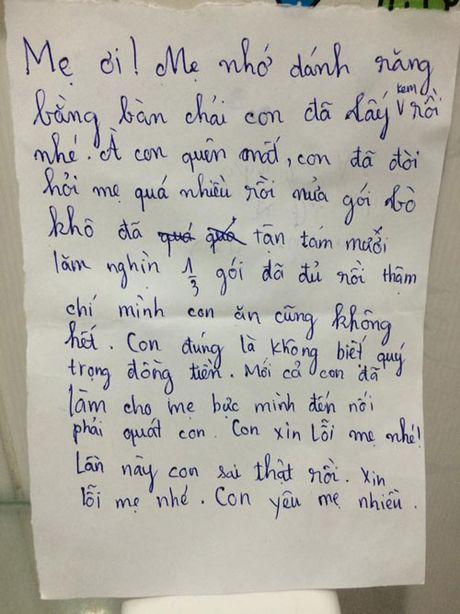 Cậu bé 10 tuổi viết thư xin lỗi mẹ vì không biết quý trọng đồng tiền và những mẩu chuyện tan chảy trái tim