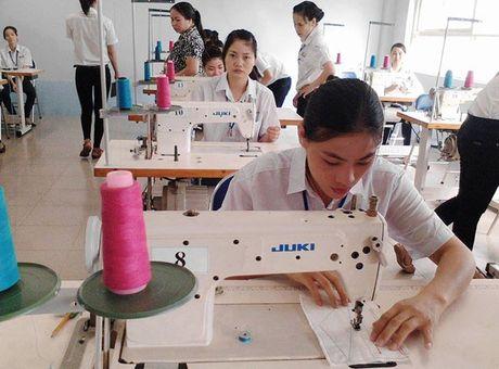 Kien doanh nghiep vi pham BHXH: Thach thuc khong nho - Anh 1