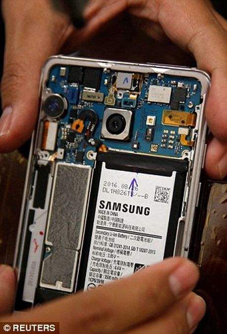 Thi nghiem soc: Galaxy Note 7 no tung khi pin chiu ap luc - Anh 6
