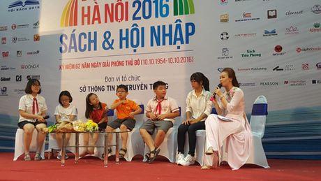 Hon 1 van hoc sinh tham du cuoc thi Dai su van hoa doc Thu do 2016 - Anh 1