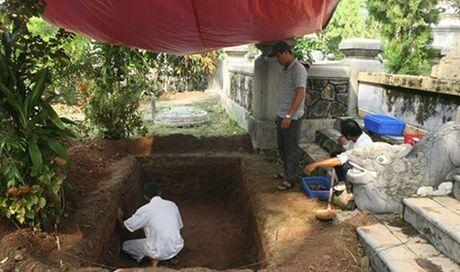 'Giai ma' bi an ve lang mo vua Quang Trung - Anh 1