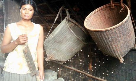 Chuyen bat chong o deo Phuong Hoang - Anh 2