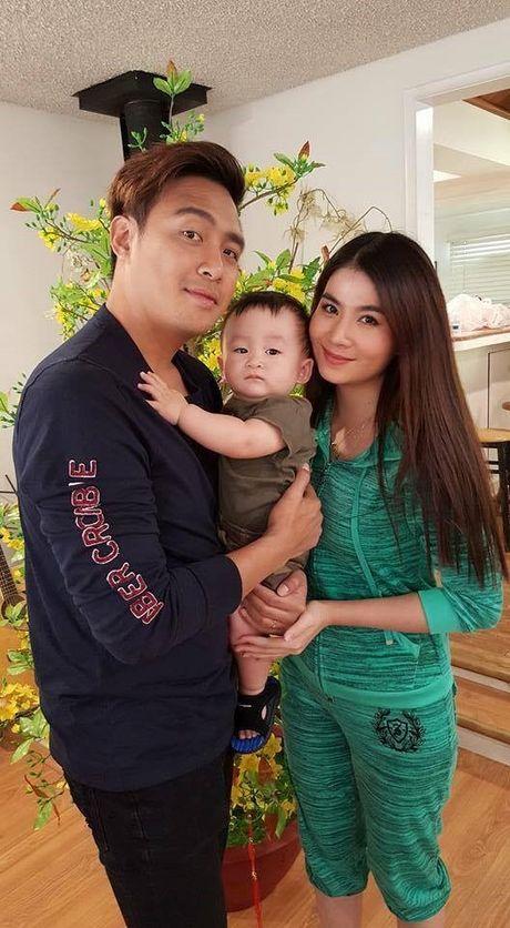 Noo Phuoc Thinh gap rac roi tai Han Quoc - Anh 1
