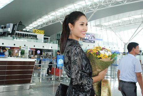Noo Phuoc Thinh gap rac roi tai Han Quoc - Anh 3