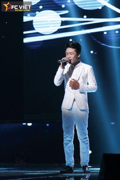 Liveshow 4 'The Voice Kids': Chiara, Bang Giang 'nam tay' nhau ra ve trong tiec nuoi - Anh 14