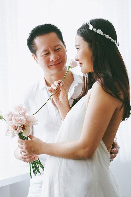 Ngoc Thuy nhan Phan Nhu Thao: 'Toi em, nhin em dan bi chong pha nat moi thu ma thay thuong'. - Anh 1