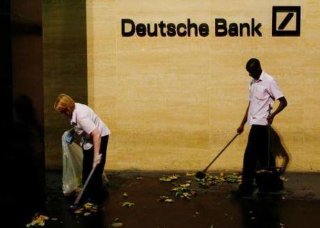 Vu Deutsche Bank: Co dong lon nhat khong du dinh ban co phan - Anh 1