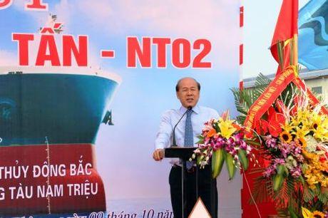 Cong ty Dong tau Nam Trieu ha thuy tau hang 56.200 tan - Anh 2