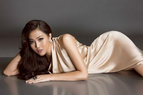 Dieu Ngoc: Neu lot vao vong ung xu Miss World, toi se noi tieng Anh - Anh 1