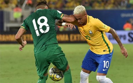 Hau ve Bolivia cao giong giai thich ly do thuc cui cho khien Neymar do mau - Anh 1