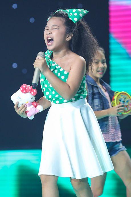 Hot boy The Voice Kids chinh phuc hit Phan Manh Quynh - Anh 12