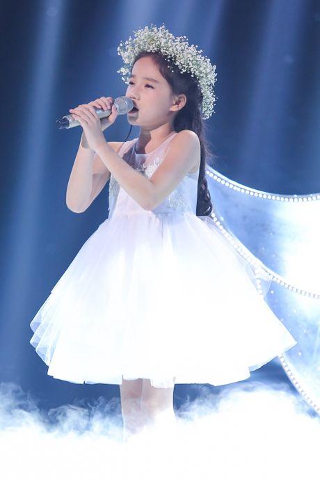 Hot boy The Voice Kids chinh phuc hit Phan Manh Quynh - Anh 16