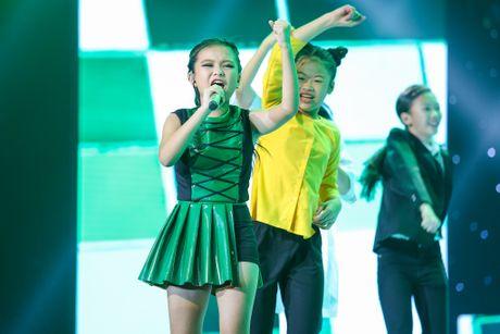 Hot boy The Voice Kids chinh phuc hit Phan Manh Quynh - Anh 7