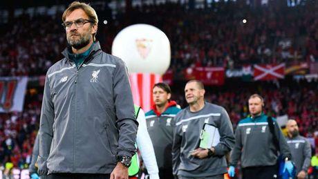 Nhin lai chang duong sau 1 nam gan bo voi Liverpool cua Jurgen Klopp - Anh 11