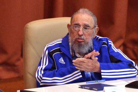 Lanh tu Fidel Castro: Ong Trump mat uy tin o cuoc tranh luan dau tien - Anh 1