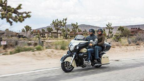 2017 Indian Roadmaster du suc 'ha guc' Harley-Davidson - Anh 3