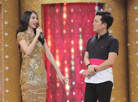 Ca si giau mat: Thuy Tien then thung noi ve Cong Vinh - Anh 1