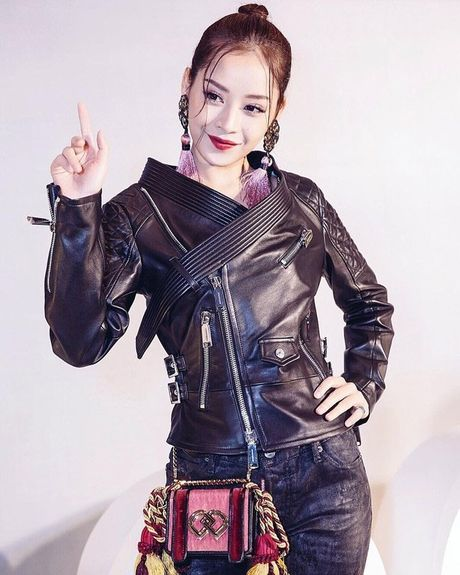 3 hot girl mat tua nang tho, than hinh boc lua - Anh 1