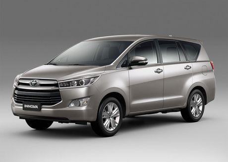Toyota Innova 2016 chay hang, khach mua xe cho dai - Anh 2