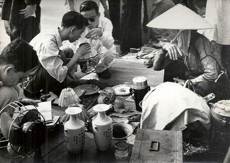 Can canh giay phut chuyen giao quyen luc o HN ngay 10/10/1954 - Anh 18