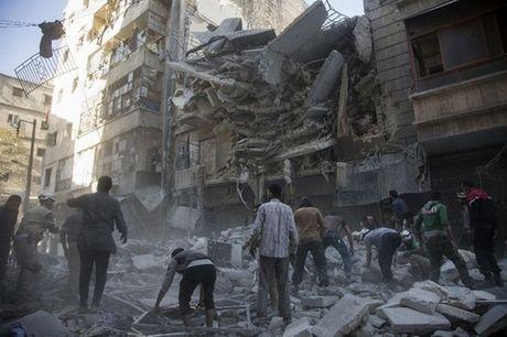 Quan Assad tan cong sac ben, quyet don ke thu vao cua tu - Anh 1
