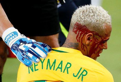 Neymar lai bi chi trich thieu ton trong doi thu - Anh 3