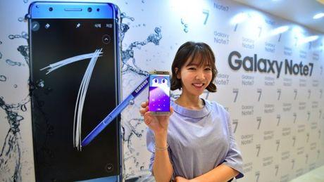 Samsung tim cach 'lap liem' su co Galaxy Note 7 an toan boc chay - Anh 1
