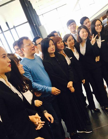 Da lau Huynh Huu Long moi xuat hien ben ba xa noi tieng Trieu Vy - Anh 7