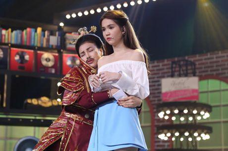 """TV Show: """"Tieu Thu Minh"""" 10 tuoi gay ngac nhien; Co gai 'bi ung thu' khien GK nghen ngao - Anh 13"""