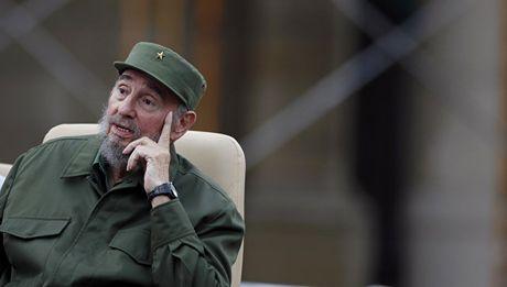 Chu tich Fidel Castro: Donald Trump 'tu thua' ngay tu vong mot - Anh 1