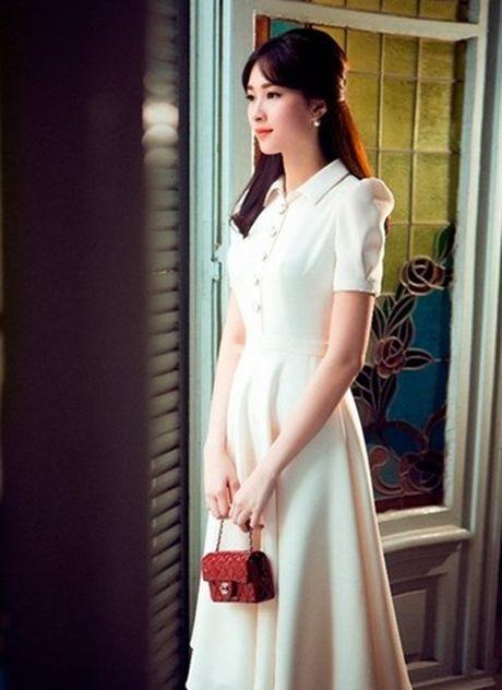Hoa hau Dang Thu Thao: 'Tay choi' hang hieu kin tieng cua Vbiz - Anh 5