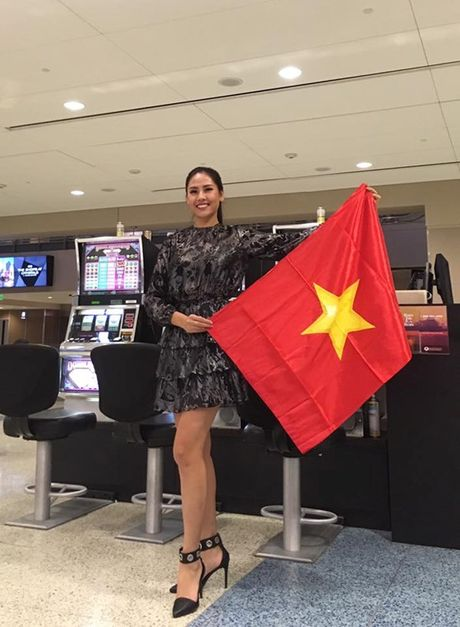 Nguyen Thi Loan tu tin o Miss Grand International 2016 - Anh 2