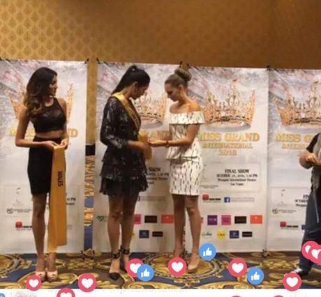 Nguyen Thi Loan tu tin o Miss Grand International 2016 - Anh 4