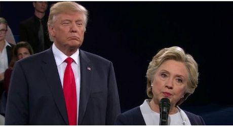 Hillary Clinton to cao Nga co y gay anh huong de ty phu Trump dac cu - Anh 1