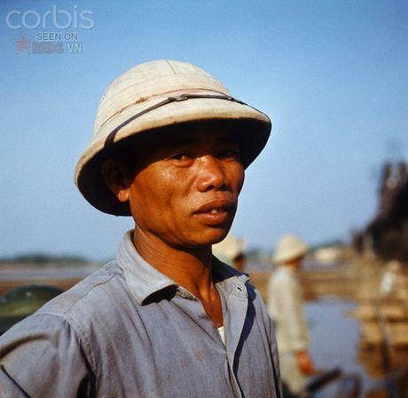 Bac Viet 1973: Nhung nu cuoi loe len tu chet choc - Anh 12