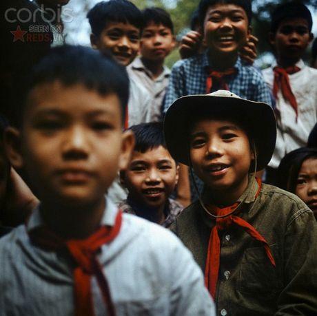 Bac Viet 1973: Nhung nu cuoi loe len tu chet choc - Anh 5