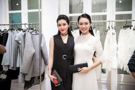 Hong Que sat ngay sinh no van di event - Anh 11