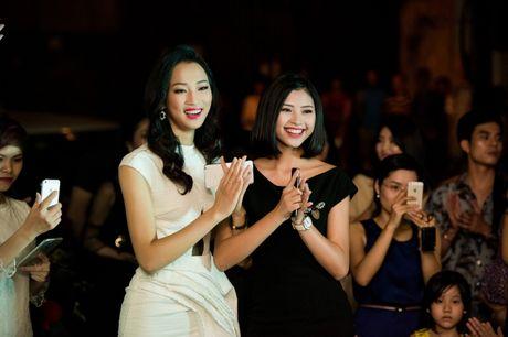 Hong Que sat ngay sinh no van di event - Anh 14
