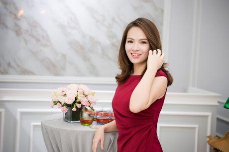 Hong Que sat ngay sinh no van di event - Anh 4