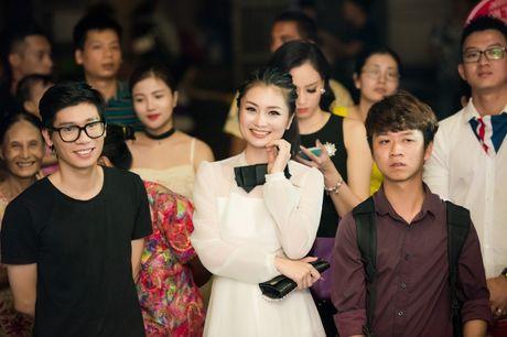 Hong Que sat ngay sinh no van di event - Anh 5