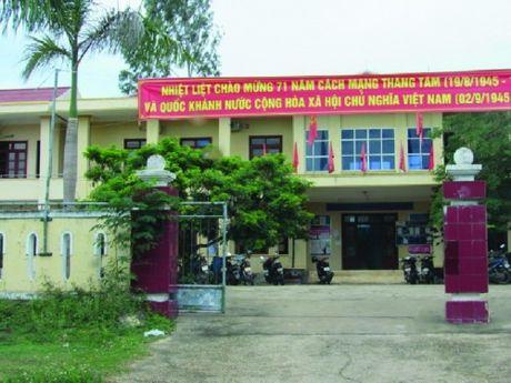 Quang Tung - Quang Trach - Quang Binh: No luc xay dung nong thon moi - Anh 1
