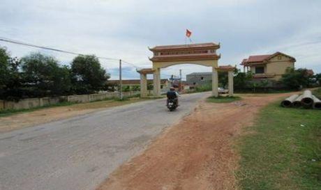 Quang Tung - Quang Trach - Quang Binh: No luc xay dung nong thon moi - Anh 2
