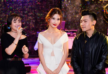 Ngung chieu tai Viet Nam, 'Gang tay do' sang Uc - Anh 1
