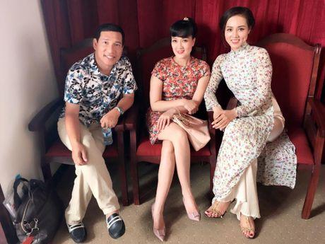 Nhan sac nguoi yeu moi cua 'Bac Dau' Cong Ly - Anh 3