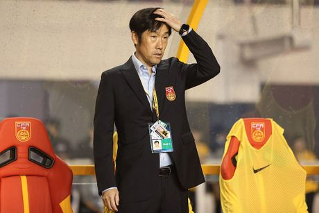 'Ho giay' Trung Quoc mong tuong o World Cup - Anh 2