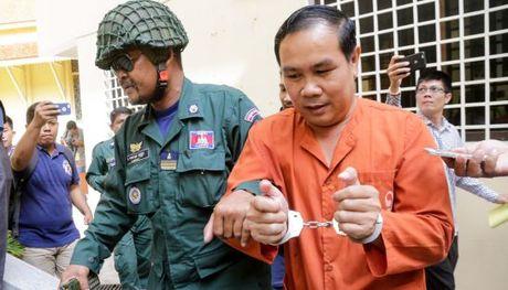 Campuchia bo tu nghi si dang anh gia mao ve bien gioi voi VN - Anh 1