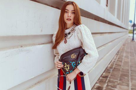Ho Ngoc Ha chon do hieu du Trien lam nghe thuat o Nhat - Anh 4